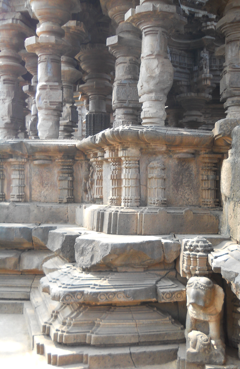 Khidrapur Temple