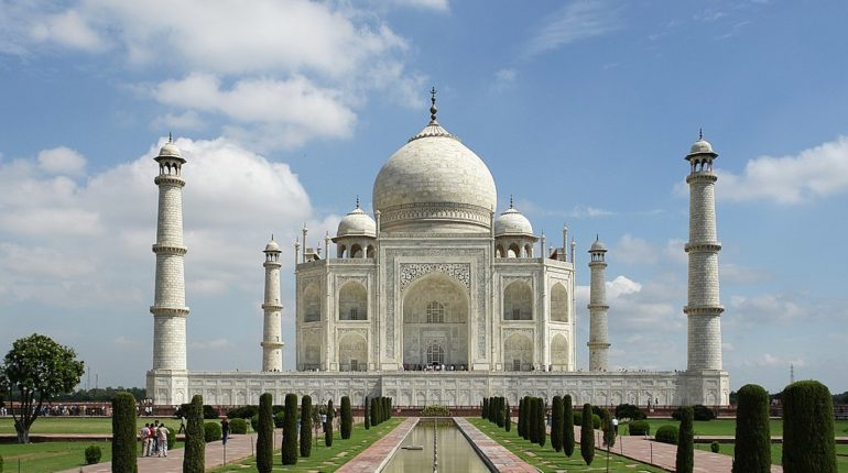 7 Really Astonishing Architectural Facts about The Taj Mahal