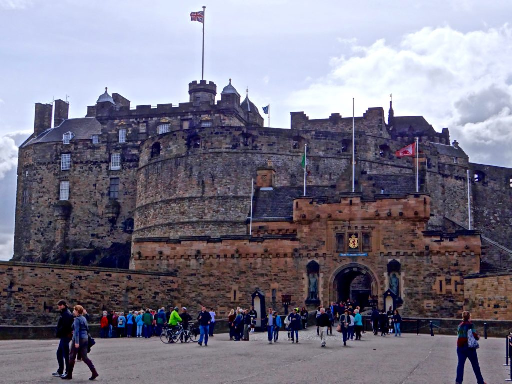 Must See Historical Destinations in England and Scotland for Heritage Lovers